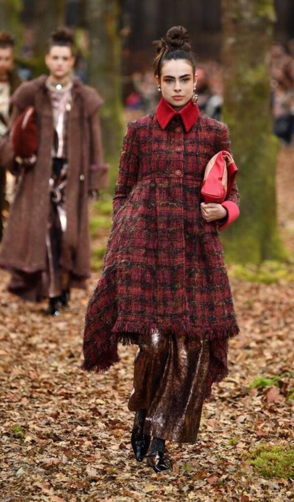 Chanel Tweed Fashion Week Autumn/Winter 2018